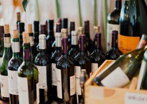 Você sabe a diferença entre vinho fino e vinho suave?